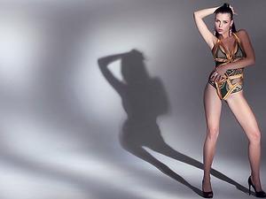 Aleksa Slusarchi Gorgeous Blonde Model Getting Naked Sensuously