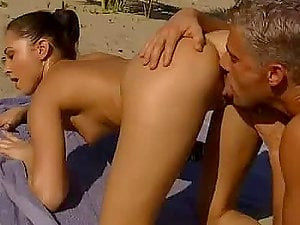 Hot Beach Romp With The Insatiable Alexa May