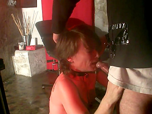 Mature bitch gives a hot bj in a gonzo homemade clip