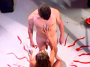Mia Smiles pours paint on her bod and gets pounded