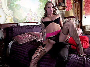 Hot fucky-fucky leaves Juelz Ventura with a messy facial cumshot