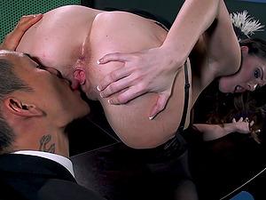 Huge-chested dark-haired Jennifer Dark bj's and rails Keni Styles's manstick