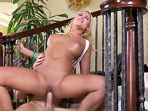 Hot And Crazy Duo Bang Hard-core On The Staircase