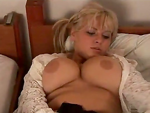 Xxx solo clip with ponytailed huge-boobed blonde Malina May