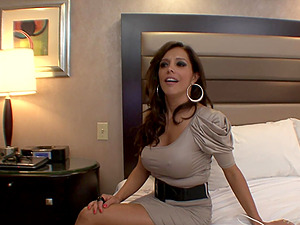 Brown-haired With Lengthy Hair In Miniskirt Gets Her Labia Gobbled