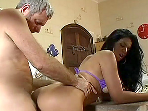 Fabiane Thompsom railing a mature jism gun in old and youthfull pornography