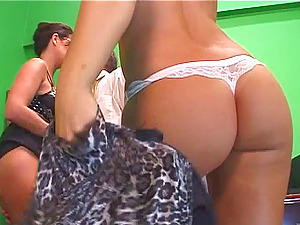 Raquel Devine And Lux May In A Hard-core Hot Bootie Threesome