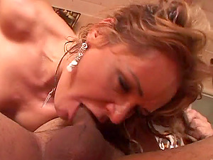 Charming Cougar In Nylon Stocking Gets A Deepthroat Feasting