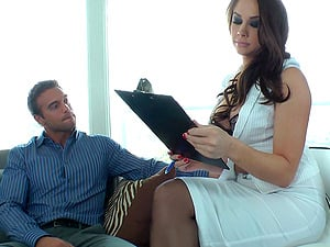 Curvy Buttfuck Fetish Dame Pegging Her Gent Gonzo