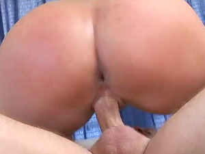 Tattooed Dame Yells While Her Assfuck Is Drilled In Threesome Hookup