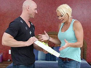 Hot Blonde With Faux Tits Practices Hot Fuck-a-thon In Reality