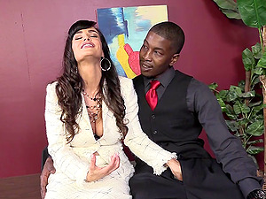 Sexy Dark-haired With Faux Tits Gets In Douche In Interracial