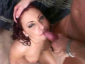 Sexy chick with big natural tits lovin? a mind-blowing threesome