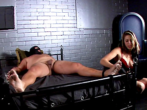 Mistress Dahlia in a nice ball busting and horny deep throat activity