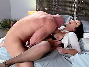 Mummy in taut cardigan and micro-skirt is a sexbomb in a fuck movie