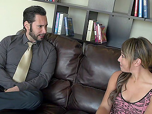 A man fucks his gf and her hot mom at the same time
