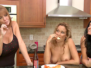 Jodi West brings a lady to couch and has scissoring romp with her