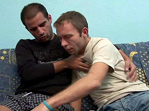 Fag guys no condom fuck and squirt jism on each other