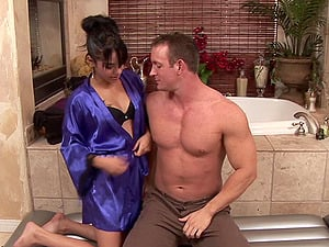 Muscular plumber gets a soapy rubdown and a tremendous suck off