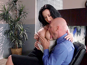 The chief fucks his assistant and busts a nut on her face