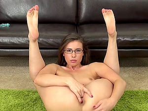 Gorgeous skinny female Casey Calvert masturbates in glasses