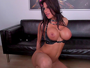 Supah hot tits on a gorgeous black-haired bouncing on big tits