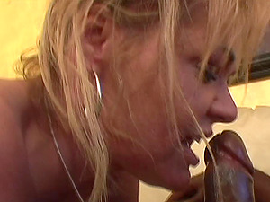 Massive black jizz-shotgun ultimately comes in the pallid labia of the sexy Kelly Leigh
