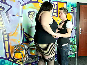 Desirable fat chick sits down on his face and receives the tonguing