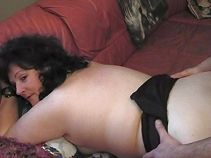 Hairy paramour gives the chubby mature chick a manstick to suck on