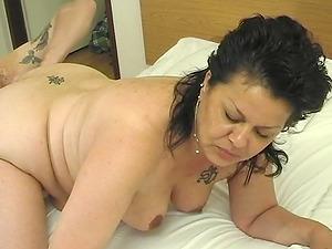 Kinky mature bimbo lets a draped stud penetrate her juciy snatch