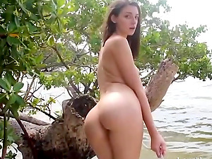 Nubile With Brilliant Caboose Fucked On The Beach