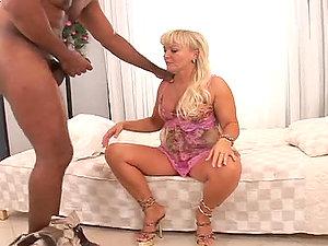Franco Roccaforte probes Renata D's fuck-holes with his shaft