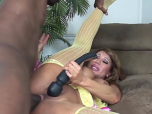 Ava Devine plays with a black electro-hitachi while being plowed hard