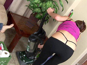 Sexy Cleaning Maid Layla Rivera