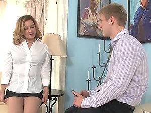 Danny Wylde licks and fucks Rebecca Bardoux's experienced twat