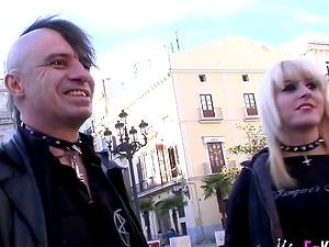 Alternative Rat Penat makes his sweetheart Nora Barcelona cum hard