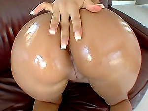 Katalina Linda showing off her luscious oiled ass and getting it boned