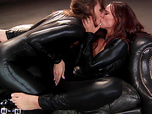Tori Black seduces Aidra Fox for an awesome lesbian shag