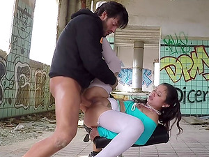 Ripping off the yoga pants of Jade and cumming in her dirty mouth