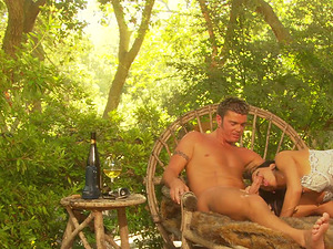Romantic outdoor lovemaking session with brunette Lezley Zen