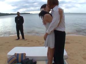 Great sex game with alluring Mizuki Miri on a beach
