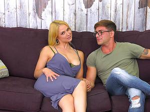 Nude Jason Moody puts his wiener into Sarah Vandella's mouth