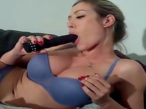 Webcam busty babe fingering and toying her tight creamy pussy