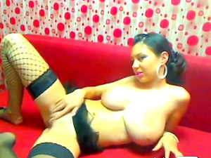 Black haired bitch shows her big jugs
