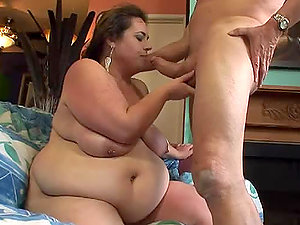 Fat brown-haired stunner gets fucked and jizzed on her titties