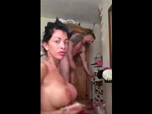 Perfect blowjob and cumming on tits !