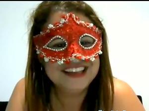 Brasileira teasing on the webcam
