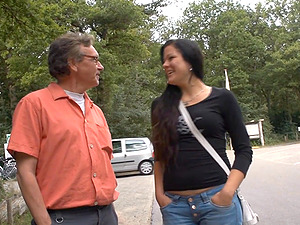 Old guy finally gets pleased by hot brunette Sandra outdoors
