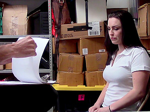 Tattooed Raven Reign has to fuck with a security guy in the office