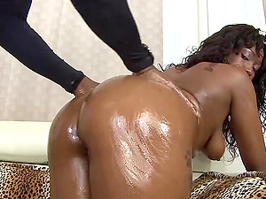 Ebony Queen Twerking On That Big Black Cock